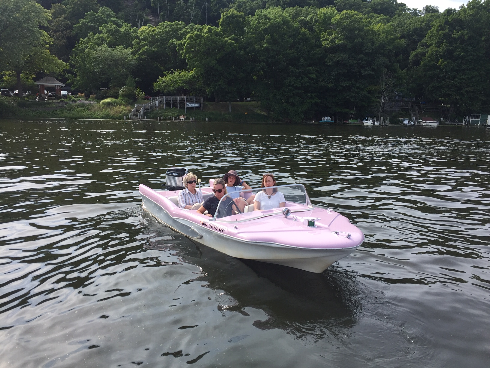 Cruising in Saugatuck MI in Retro Boat Gidget